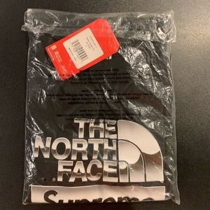 Northface X Supreme T-shirt! Dead stock!